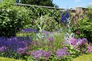 +2014-06-18 Littlethorpe Manor1