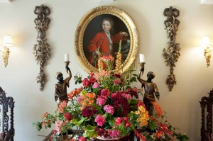 +2014-06-20 Heslington flower displays1