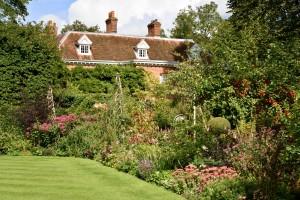 2015-09-15 West Green House walled garden2